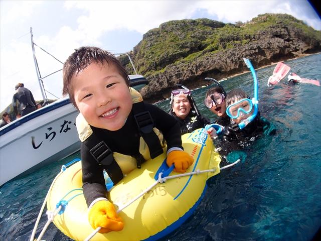 沖縄の海で魚達と触れ合おう!!ダイビング&シュノーケルツアー 2018年4月4日のお客様
