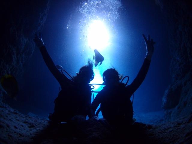 青い、きれい、楽しい ボートで行く青の洞窟ツアー 2018年4月9日のお客様