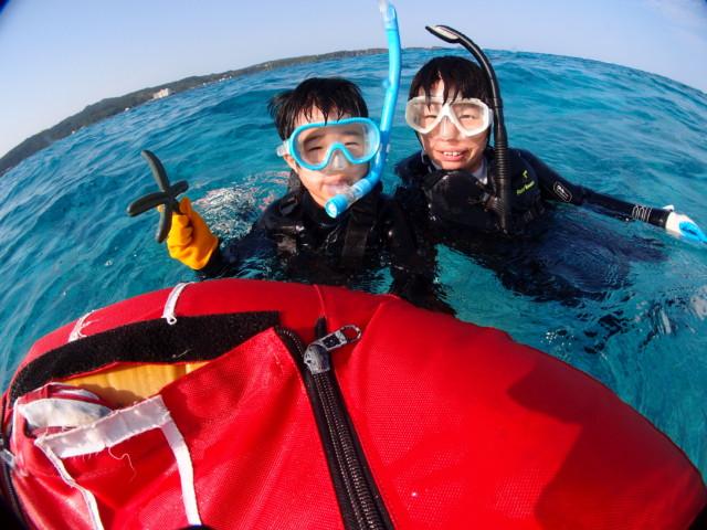 透明度抜群の沖縄の海でダイビング&シュノーケル 2020年3月24日のお客様