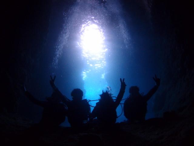 お魚いっぱい!青の洞窟ダイビング&シュノーケル 2020年3月28日のお客様